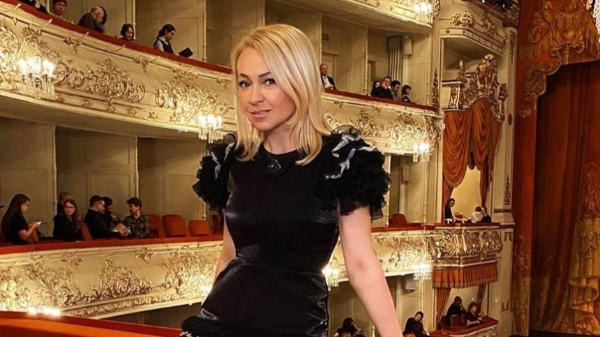 «Мамой онсчитает только меня»: Рудковская рассказала обиологической матери старшего сына
