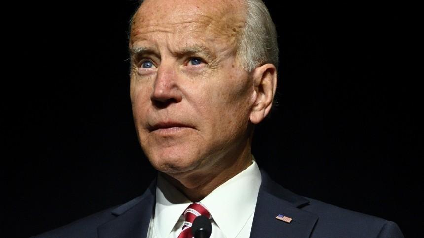 Кандидата впрезиденты США обвинили всекс-домогательствах