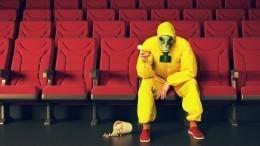 Китай снова закрыл кинотеатры. Они работали меньше недели
