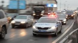 Погоня сотрудников ДПС заиномаркой вПетербурге попала навидео