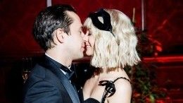 «Полина вположении?»— Максимова иКорешков впервые вышли всвет вкачестве пары