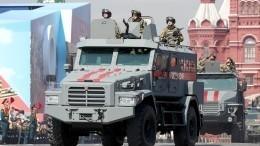 ВКремле непринимали решения опереносе Парада Победы 9мая