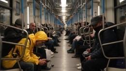 Путин поручил губернаторам регионов установить особый порядок передвижения
