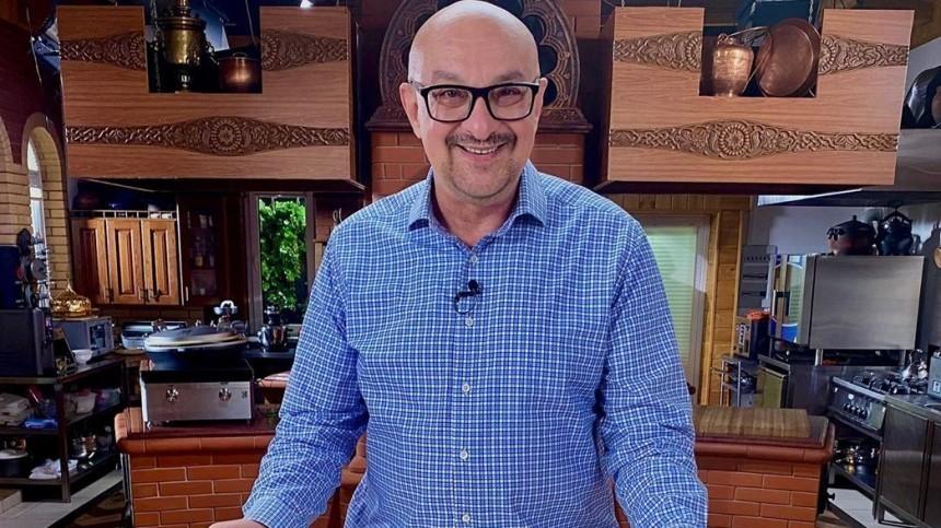 «Мыневечные»: кулинарный телеведущий Сталик Ханкишиев обратился кподписчикам изреанимации