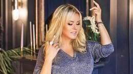 «Яутвоих ног»: Семенович порадовала фото вшикарном платье сглубоким декольте