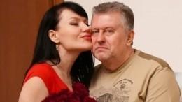 Употерявшей двойню певицы Милены Дейнеги скончался муж