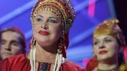 Сын Надежды Бабкиной прокомментировал госпитализацию матери спневмнонией