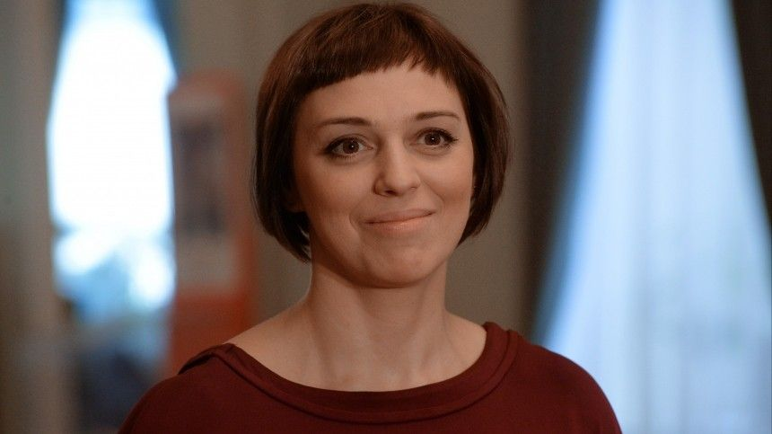 «Мыразошлись тихо»: Нелли Уварова рассказала оразводе спервым мужем
