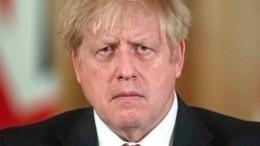 Путин пожелал заболевшему короновирусом Борису Джонсону победить болезнь