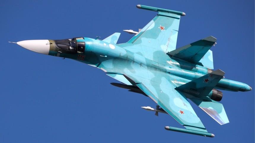 «Ладошки потеют»: Герой России раскрыл особенности дозаправки ввоздухе Су-34