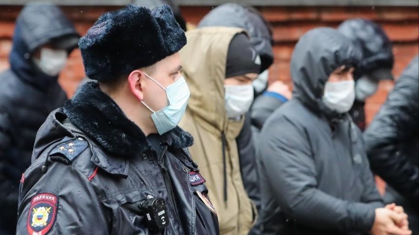 Нарушителей режима самоизоляции вПетербурге будут штрафовать