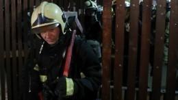 Пожарный отдал свою маску пострадавшему издома престарелых иотравился дымом