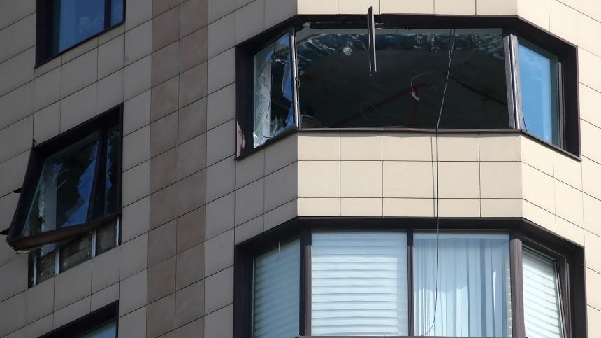 «Почувствовали хлопок, сидя настульях»: Очевидец овзрыве вбизнес-центре Москвы