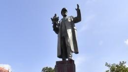 Власти Чехии отказались передать России снесенный памятник маршалу Коневу