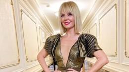 «Все клицу!»— Валерия сподушкой вместо платья поддержала популярный челлендж