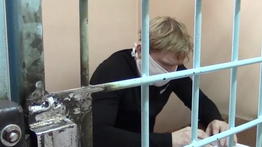 Обвиняемого вовзяточничестве совладельца «Зимней вишни» привезли вКемерово