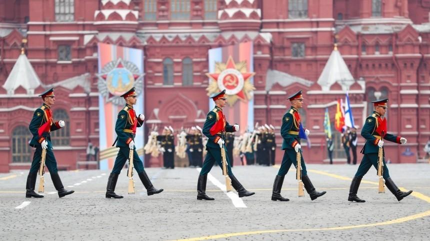 Ветераны попросили Путина отложить Парад Победы вМоскве