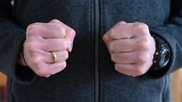 Видео: вМоскве отец жестоко избил шестилетнего сына заотказ отжиматься