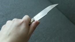 Мужчина зарезал сожительницу из-за ревности, апотом ударил ножом себя