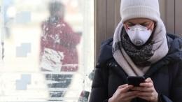 Смартфон назвали потенциальным источником заражения коронавирусом