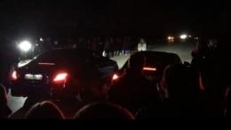 Входе несанкционированных гонок житель Омска наехал надвух девушек