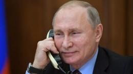 Песков рассказал о«секретах» телефона, которым пользуется Путин