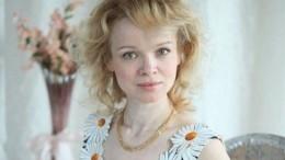 «Явтренде»: Цымбалюк-Романовская похвасталась маской под цвет платья