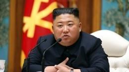 Ким Чен Ынпоявился напублике впервые за20 дней