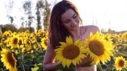 «Анам все равно»: чопорные англичане сразмахом отметили День голого садовода