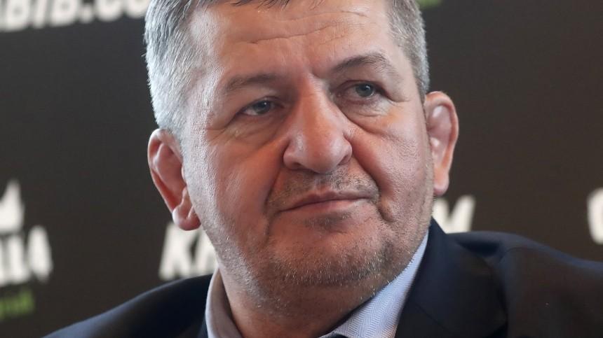 Отец Хабиба Нурмагомедова доставлен вмосковскую больницу