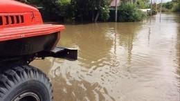 Из-за сильного ливня вИнгушетии река Сунжа вышла изберегов