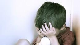 Отчим истязал восьмилетнего мальчика вМурманской области
