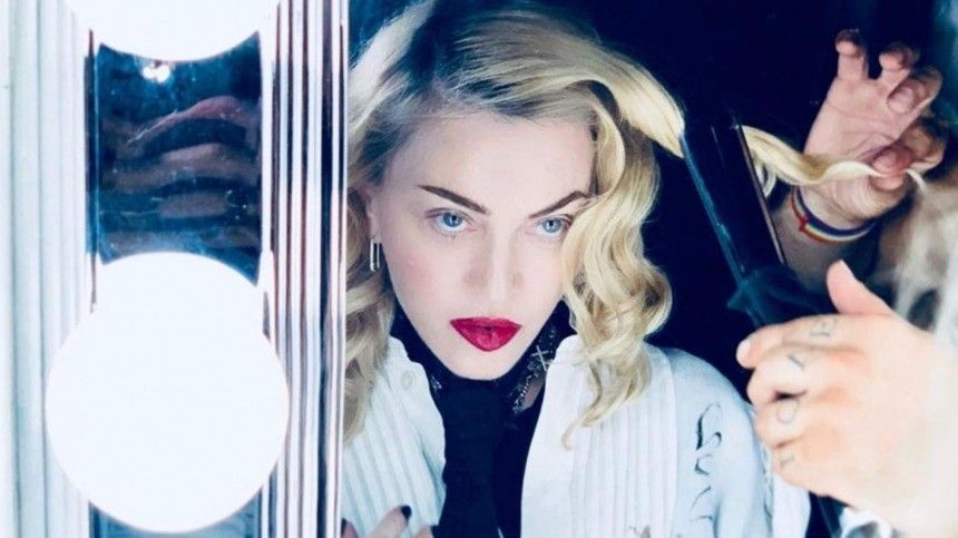 Мадонна, Леди Гага идругие звезды стали жертвами хакеров