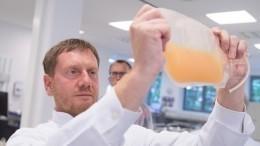 Врач изПетербурга вылечился откоронавируса благодаря донорской плазме