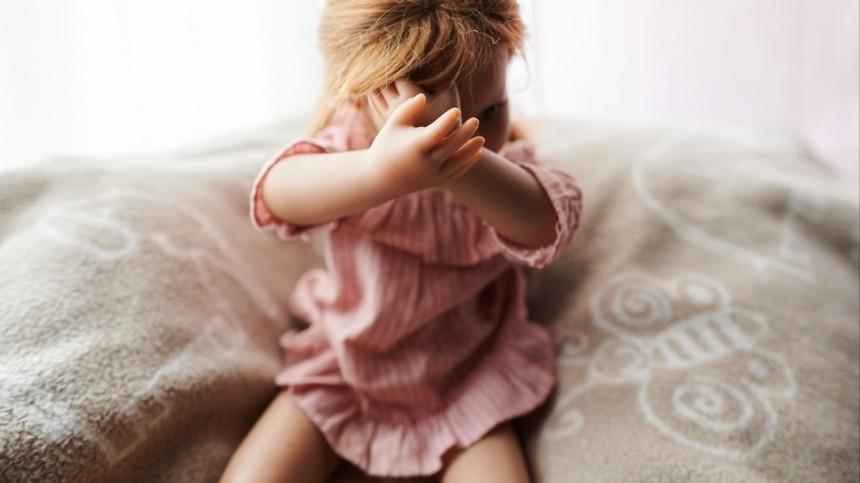Беременная от10-летнего мальчика школьница заявила обизнасиловании