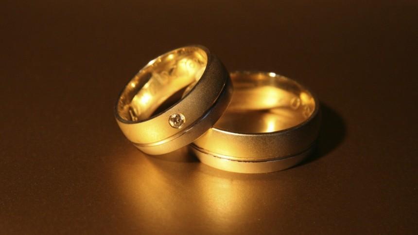 Каким знакам зодиака золотые украшения могут принести несчастья?