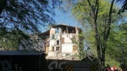 Кадры сместа обрушения стены жилого дома вОдессе