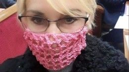 «Микробы наподлете сдохнут отсмеха»: депутат Рады надела маску «вдырочку»