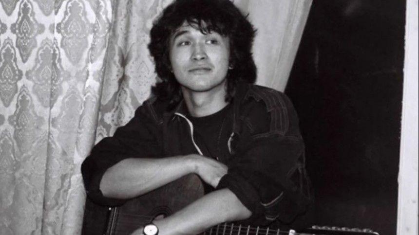 Сын Виктора Цоя намерен зарегистрировать бренд «Кино»