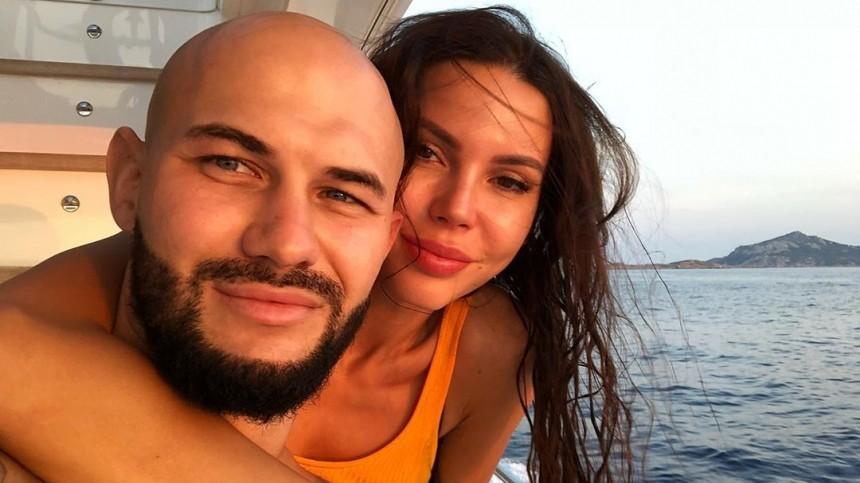 Что потребовали всуде от«проблемных» мужей Оксана Самойлова иАгата Муцениеце?