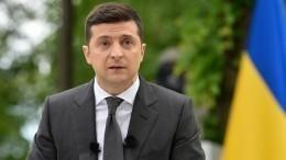 «Путь вбездну»: как Зеленский загод президентства умудрился стать клоном Порошенко?