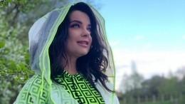 «Аягоню королевскую!»: Наташа Королева занялась самогоноварением