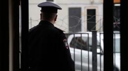 Супруга задержанного сотрудника МВД вБоровичах пожаловалась напроизвол