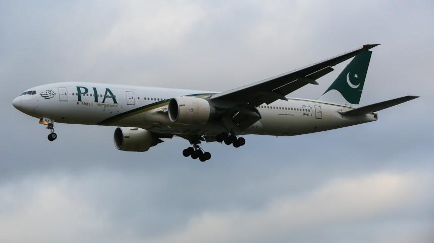 Пассажирский самолет разбился наюге Пакистана