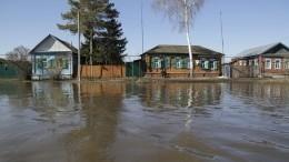 Аномальные паводки захлестнули тринадцать российских регионов