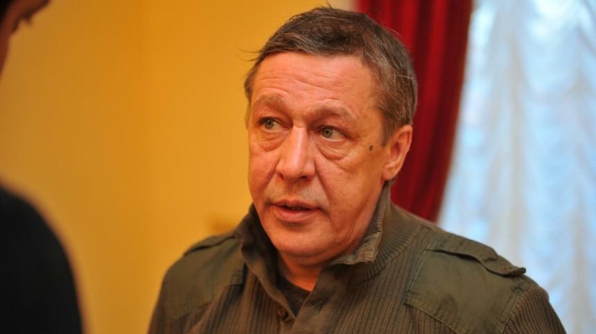 Михаил Ефремов назвал артистов вовремя пандемии «дармоедами»