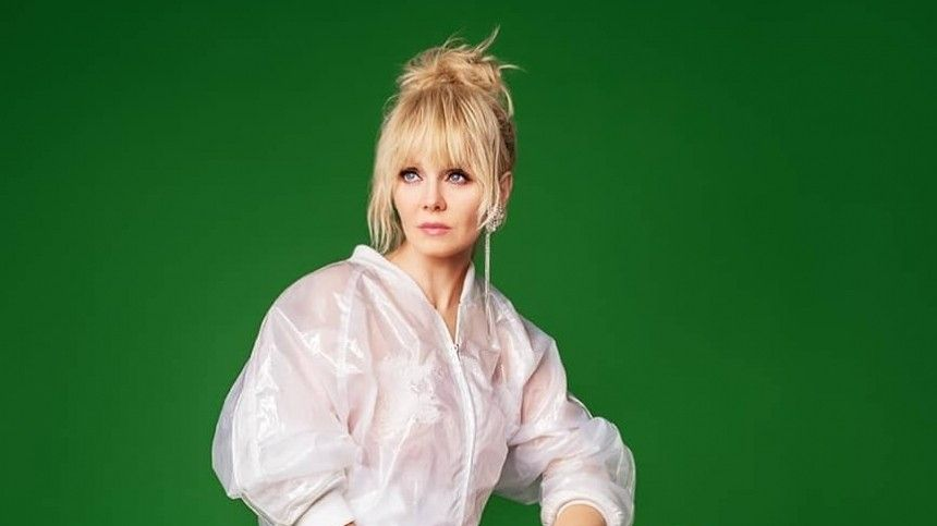 «Глотает тупой контент»: Певица Валерия рассказала о«дебильной» аудитории