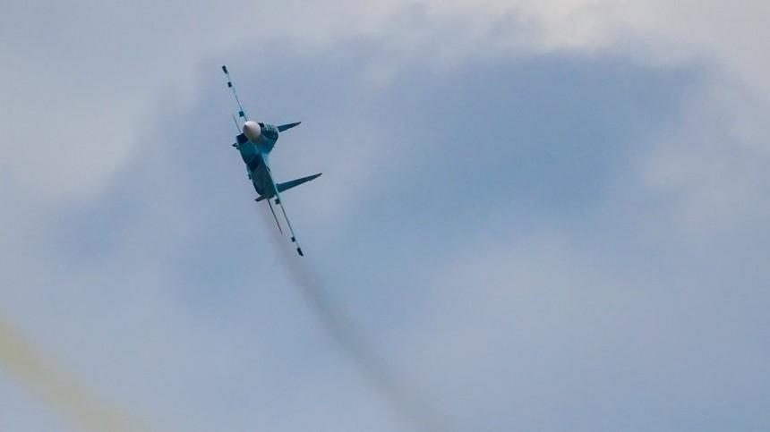 Российский истребитель напугал украинских моряков вовремя учений