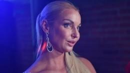 Волочкова рассказала, как много работает, чтобы иметь идеальное тело