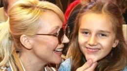 «Красавица!»— Пугачева оценила «сумасшедшую» прическу внучки Клавдии